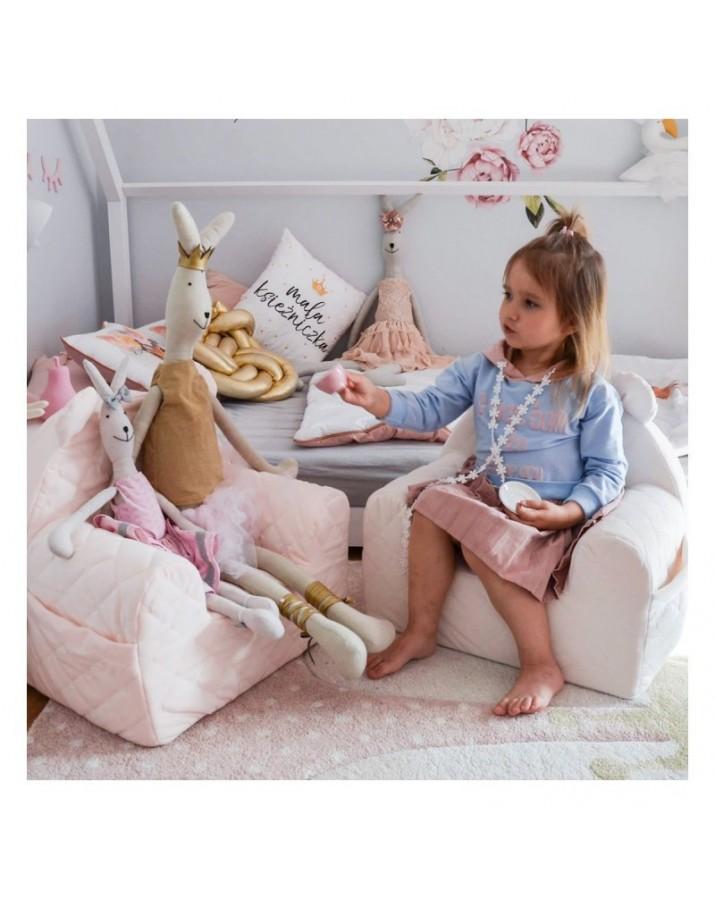 Aksominis vaikiškas fotel..