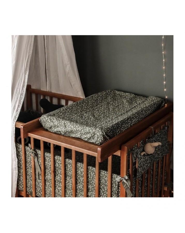 Ruda vystymo lenta lovytėms