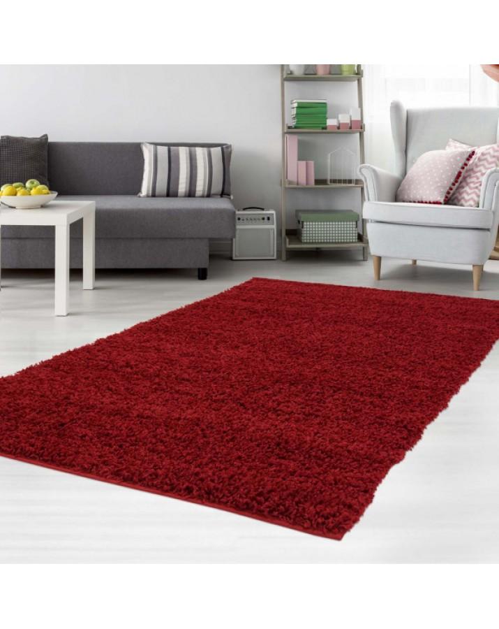 Švelnus raudonas kilimas ..