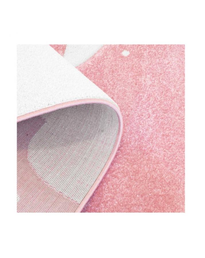 Rožinis vaikiškas kilimas..