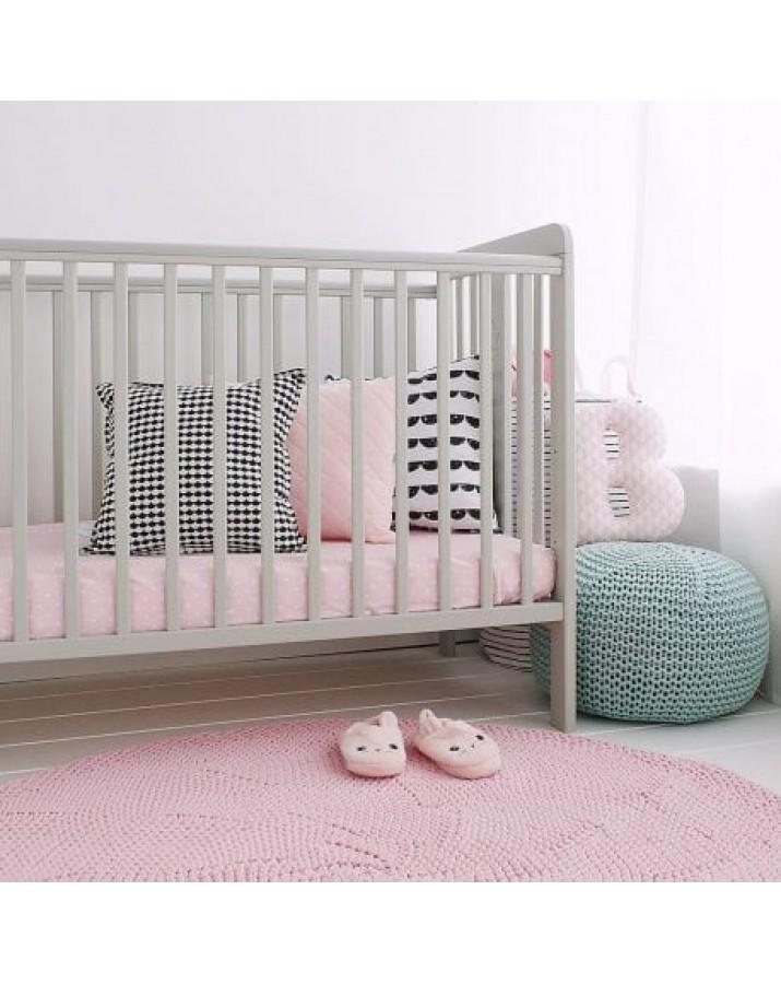 Pilka lovytė kūdikiams